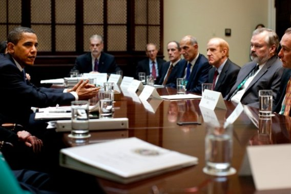 Barack_obama_meets_with_healthcare_stakeholders_5-11-09_2