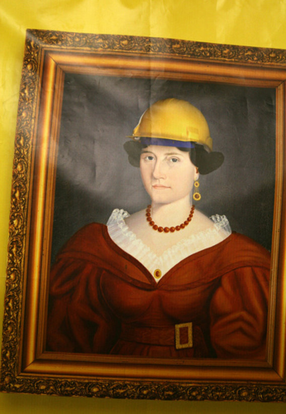 Woman_hard_hat