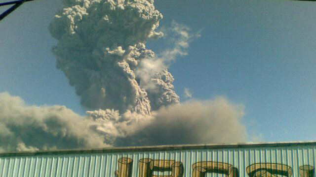 Bulusan-eruption-2-21-2011