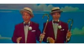 File_bing_crosby_and_danny_kaye_in_white_christmas_trailer_2.jpg_-_wikimedia_commons