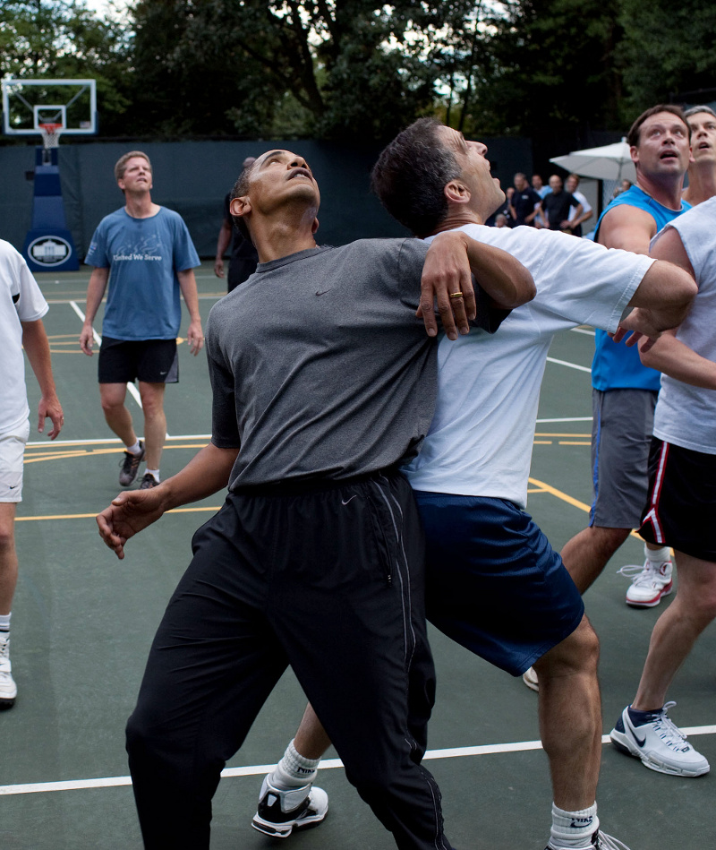 http://assets3.bigthink.com/system/idea_thumbnails/44718/original/Barack_Obama_playing_basketball.jpg?1339263702