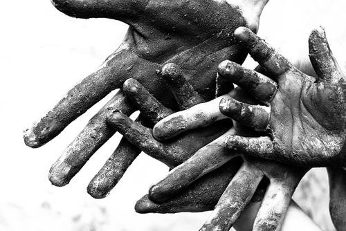 Poverty%20hands