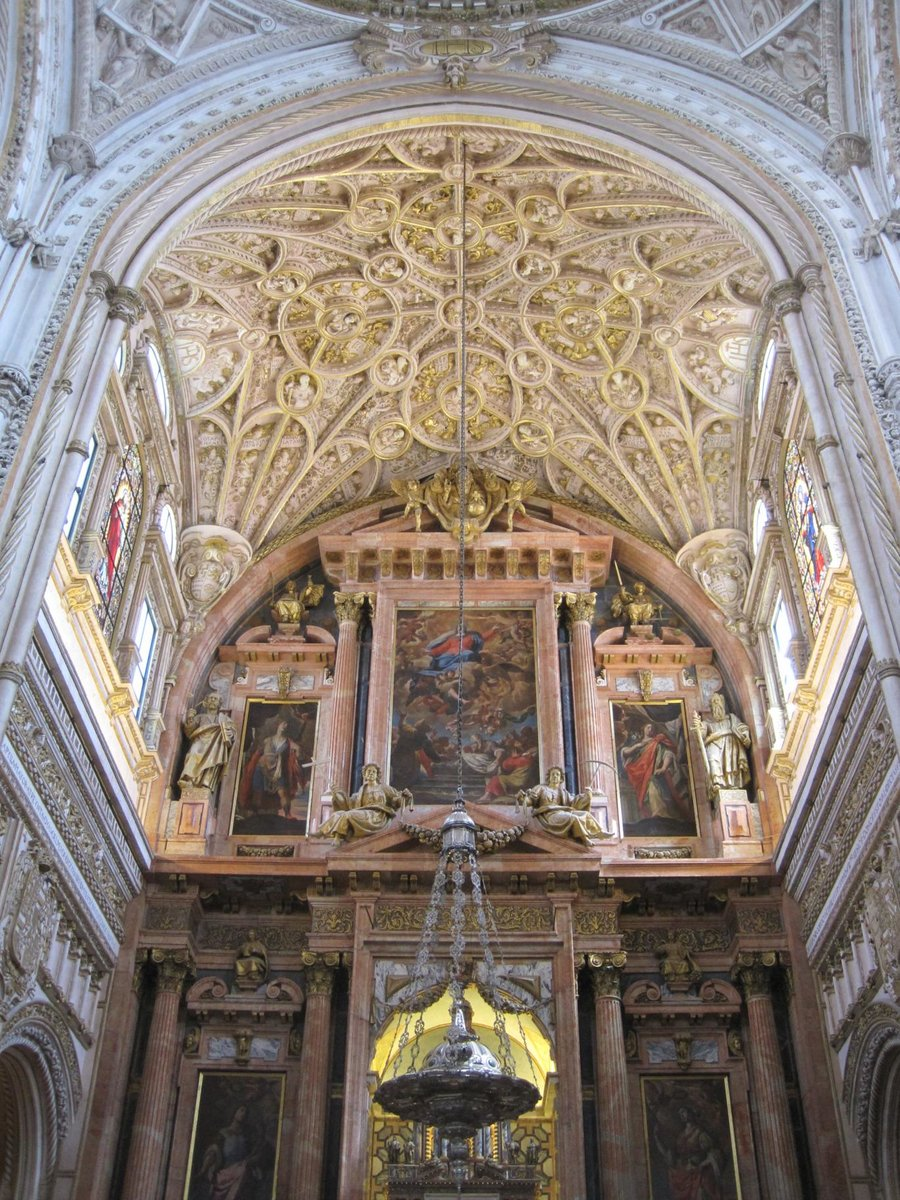 Cathedralceiling