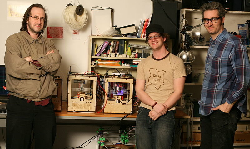 Makerbot_founders_and_final_prototypes