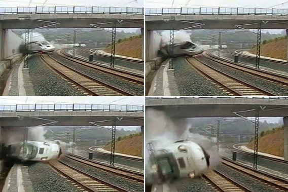 Train_derailed