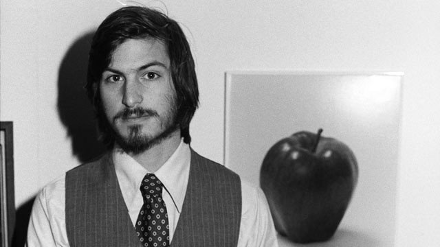 Gty_steve_jobs2__dm_111006_wg