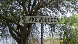 Ortona_fl_lake_wobegon_sign01