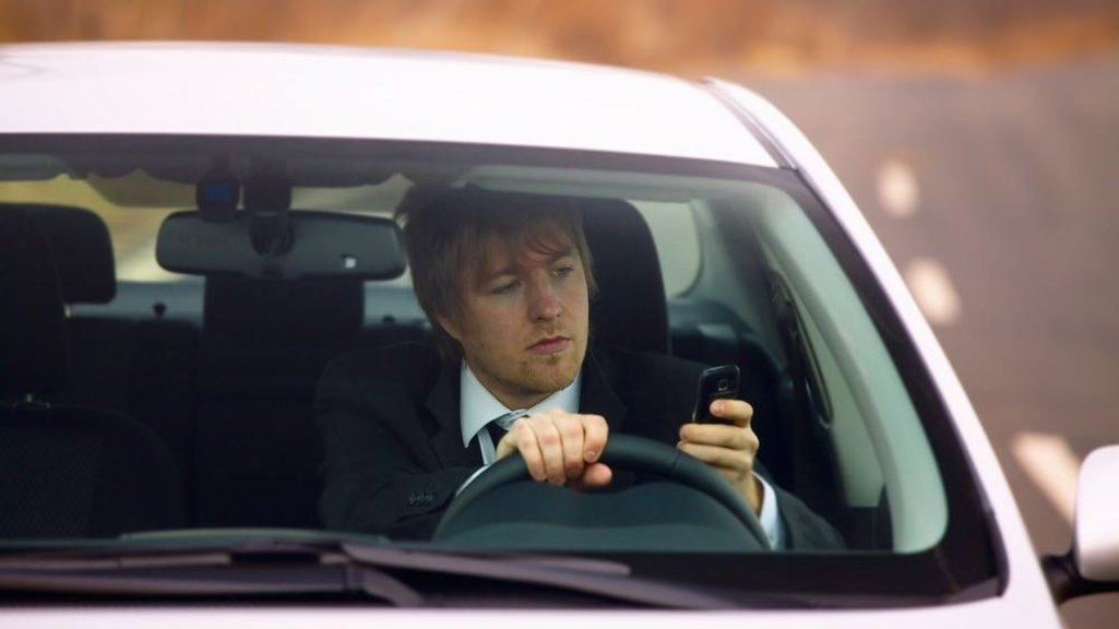 Car Sensors Monitor Drivers For Distraction Tiredness Big Think - Car driver
