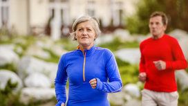 Older_woman_running