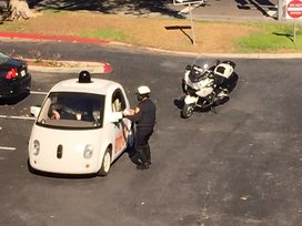 Google_car_cops
