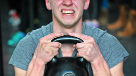 Crossfit_kettle_bell_workout