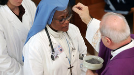 Catholic_nurse